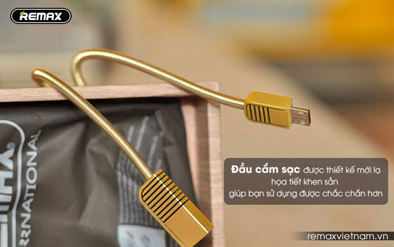 cap-sac-micro-usb-remax-rc-088m-slide4