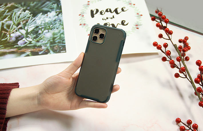 Ốp chống sốc iPhone 12 pro 6.1 WK 2