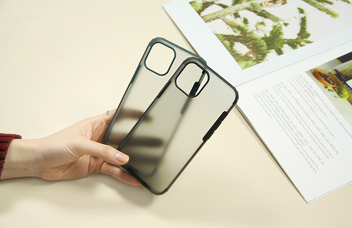 Ốp chống sốc iPhone 12 Pro Max 6.7 WK 1