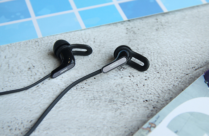Tai nghe Bluetooth thể thao Remax RB-S27 2